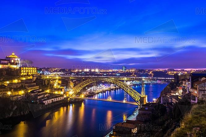 Most Ludvíka I. (Ponte Luis I), Porto, Portugalsko