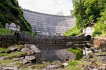 Hráz, vodní elektrárna