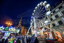 Vánoční trhy, ruské kolo, Liberec, radnice
