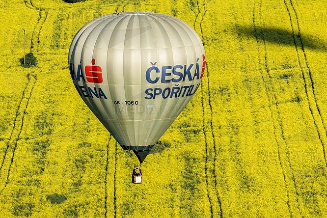 Horkovzdušný balon, řepka, Česká spořitelna