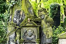 Olšanské hřbitovy, rytíř, socha