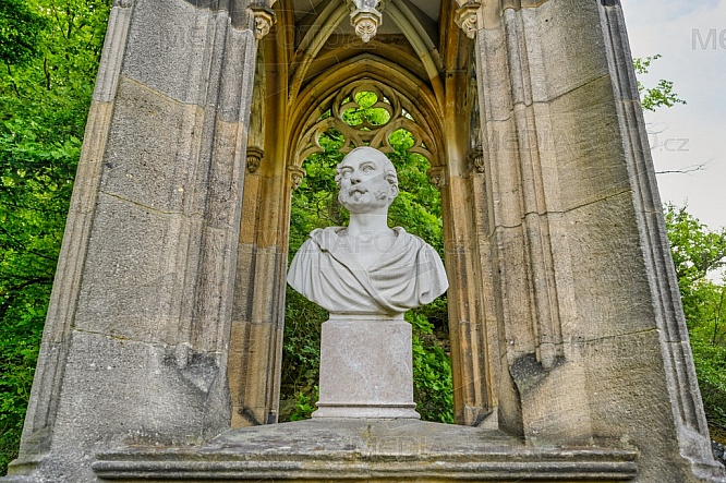 Pomník, Karel Egon II. z Fürstenbergu
