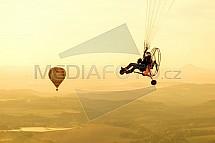 Motorový paraglide, horkovzdušný balón