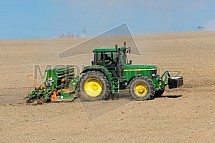 Traktor, pole, zemědělství