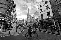 Kostel Saint Andrews, Saint Andrew's Street, Dublin, cyklista