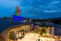 OC Nisa, obchod, nákupní centrum, exterier, vstup, vchod