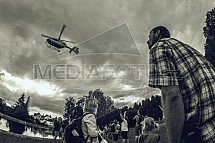 Vrtulník, helikoptéra, divák